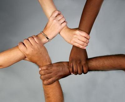 Толерантность – это проявление терпимости к чужому вероисповеданию, чувствам, идеям, а порой и к их ошибкам.